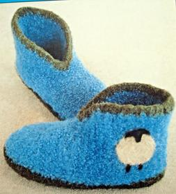 COZY WARM SLIPPERS to CROCHET & FELT by BEVERLY GALESKAS  of